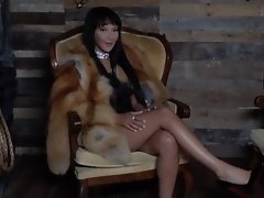 Sunshyne Takes Off Her Fur Coat to Play with Her Tight Tranny Pussy