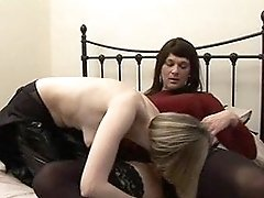 Zoe invites Tgirl and hot blonde round for blowjob party